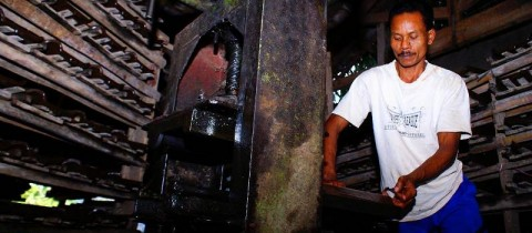 Cerita Perajin Genteng Medono Kebumen Pringsurat